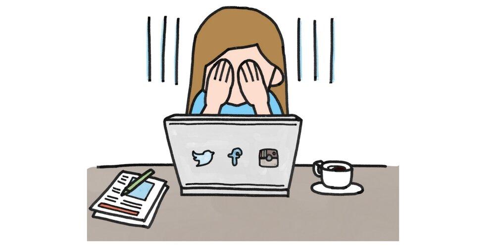 Spadające zasięgi Facebooka